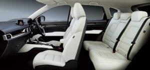 CX-5の内部席