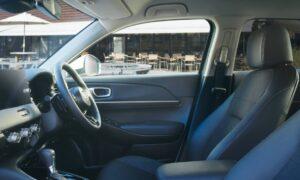 new vezel interior